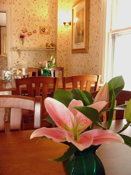 Gourmet Breakfast at The Kingsleigh Inn Bed and Breakfast