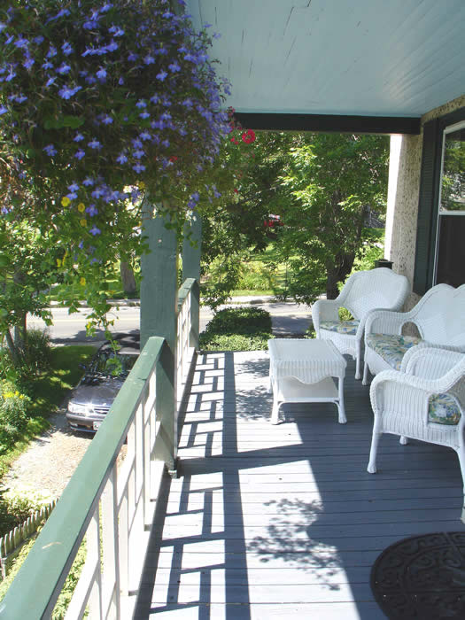 Coastal Maine Bed and Breakfast-enjoy breakfast on the sunny porch overlooking the harbor